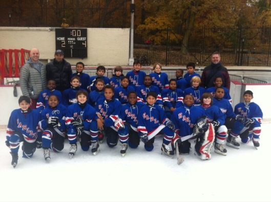Skaters from Ice Hockey in Harlem look to defeat Ed Snider Youth Hockey Foundation players in the #GiveTuesday challenge.